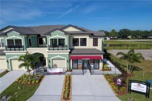 CREEKWOOD TOWNHOMES NEW HOMES BRADENTON FLORIDA