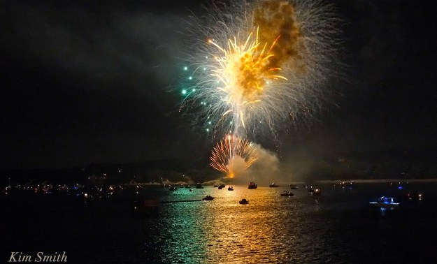 Gloucester Fireworks July 4 2016 -12 copyright Kim Smith