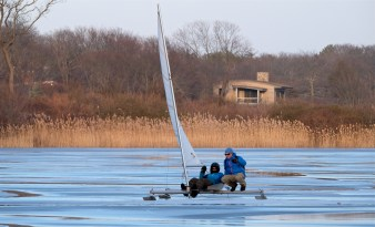ice sailing niles pond copyright kim smith - 03