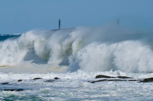 Twin Lights Thacher island Waves Rockport Atlantic Coast Storm copyright Kim Smith - 14 of 37