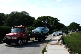 Good Harbor beach towing July 26, 2020 copyright Kim Smith
