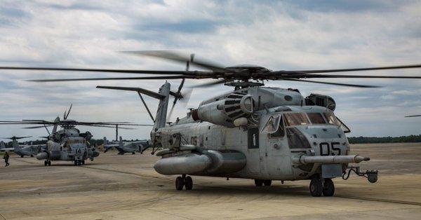오키나와 미군 해병대 헬기 추락 주일 미군 헬기 CH 53 또 추락! 오키나와 주민들 분노