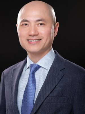 Jun Xu photo