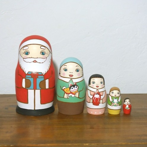 ML5-5-1 Matryoshka 5sets サンタの贈り物 Santa's gift  Size:16.5cm/Material: wood  ¥18,000+Tax