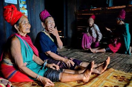 Kayar ladies at their home