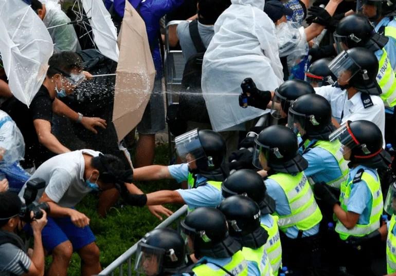 kina hongkong protester
