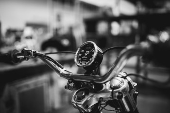 motos vintage à La Ruche Moderne à Anglet