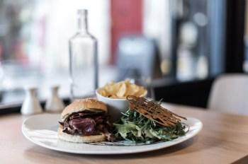 Burger du Restaurant Kitchen Dada à Bayonne