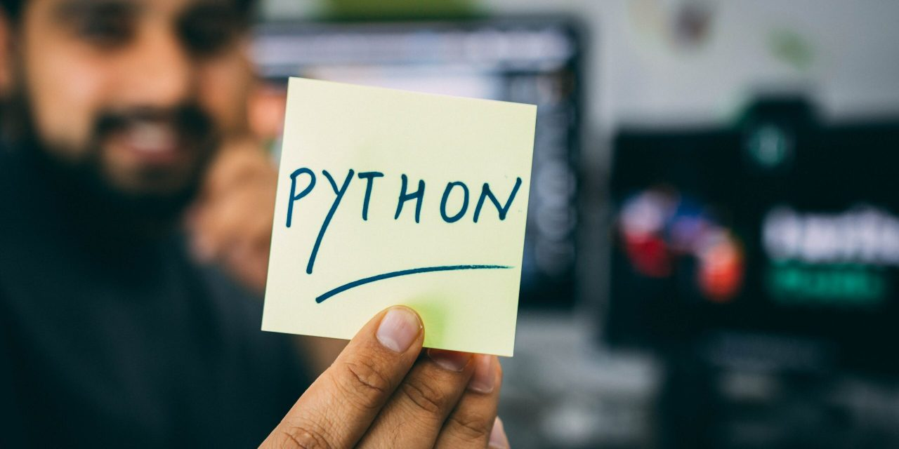 What is Machine Learning and how to do it with Python