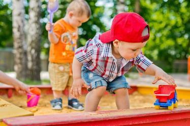 5 действий, как забрать ребенка из песочницы без истерик и слез - 6