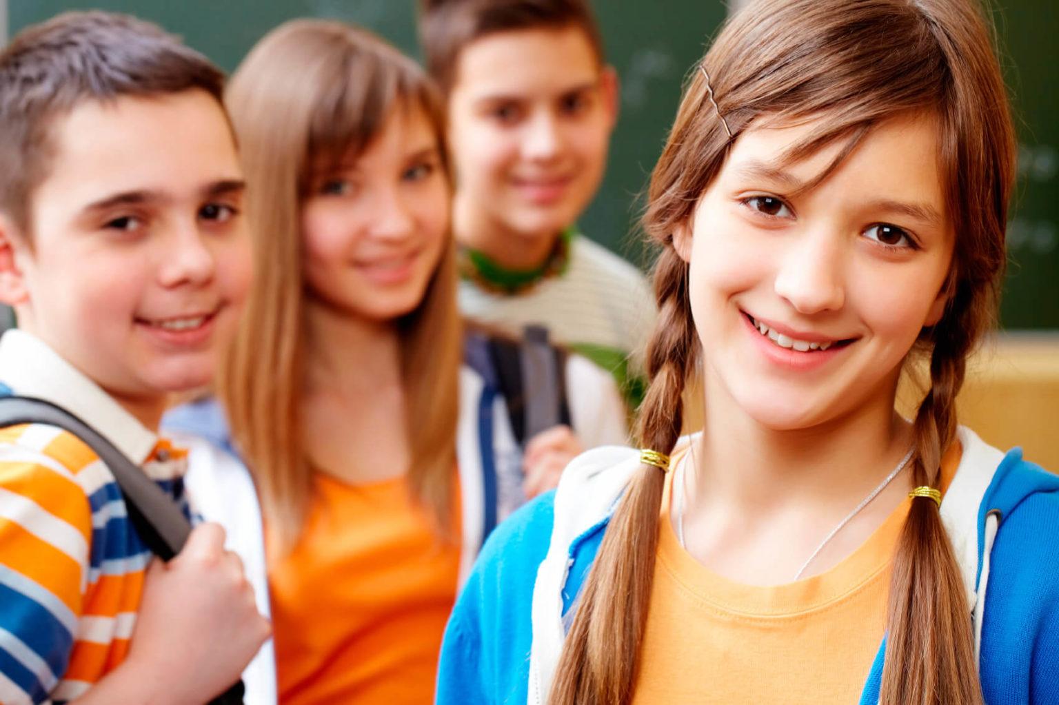 Подросток не хочет общаться со сверстниками. Что делать? - 1