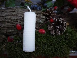 Bienenwachs ist ein wunderbares und natürliches Material. Heute basteln wir Kerzen daraus. Foto (c) kinderoutdoor.de