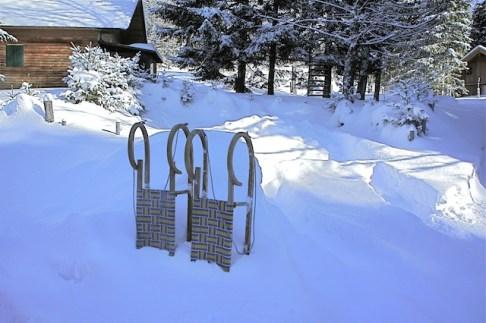 Winterwandern mit Kindern: Wer einen Schlitten mitnimmt ist im Vorteil. foto (c) kinderoutdoor.de