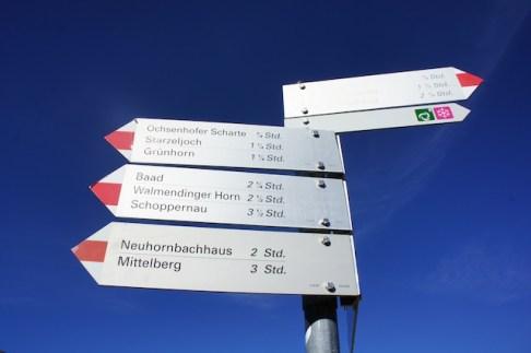 Viele Wege führen von der Schwarzwasserhütte zu den umliegenden Gipfeln. foto (c) kinderoutdoor.de