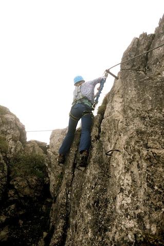 Der Walsersteig hat die Schwierigkeit B/C und bietet den Kindern die ganzen Faszination vom Klettersteig. foto (c) kinderoutdoor.de