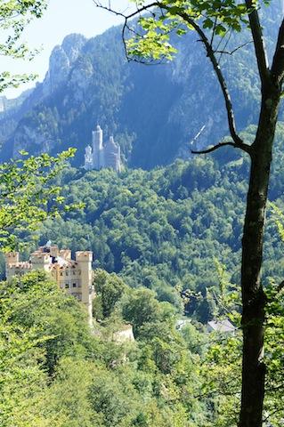 Schloss Hohenschwangau und Schloss Neuschwanstein begeistern auch die Kinder. foto (c) kinderoutdoor.de