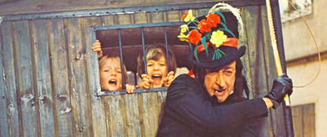 scary child catcher chitty chitty bang bang