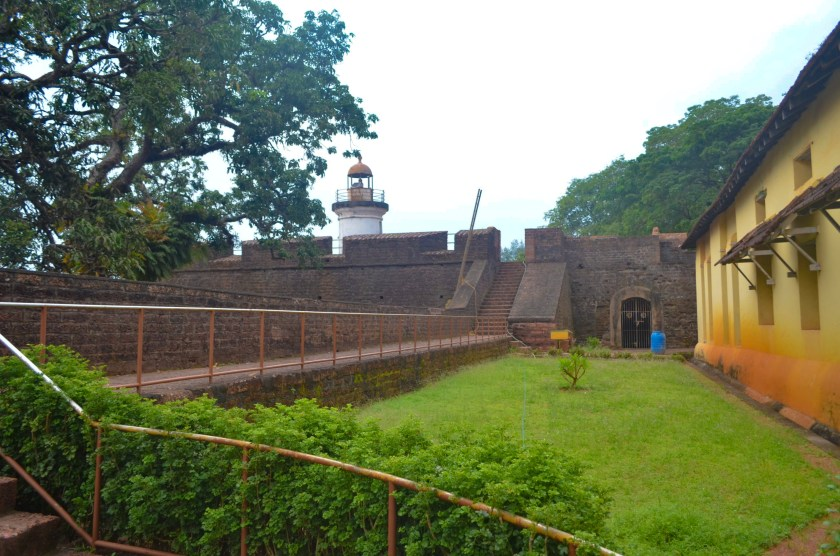 Thalaserry fort