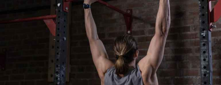 build your upper body with close-grip pull-ups