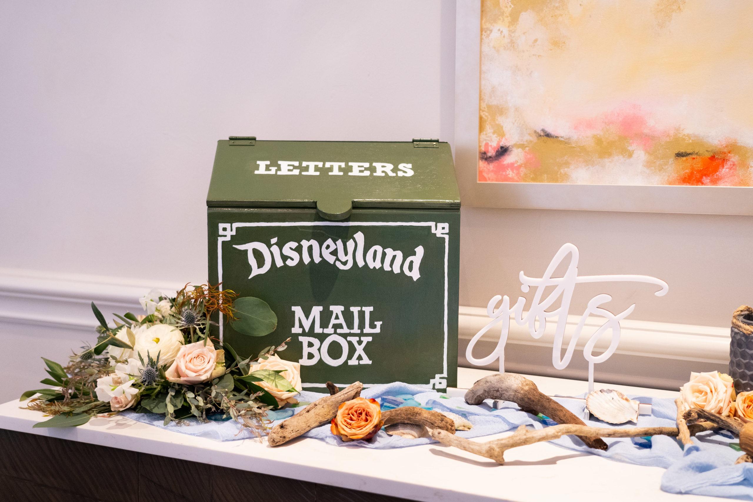 Disneyland Mailbox Wedding Cardbox