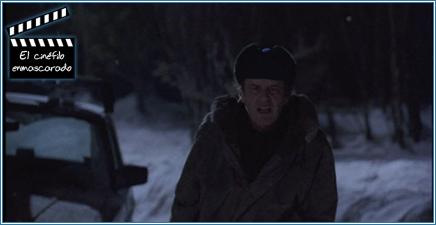 Jack Nicholson atropella un lobo que le llega a morder la mano