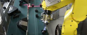 High speed robotic picking of randomly fed parts using 3D machine vision