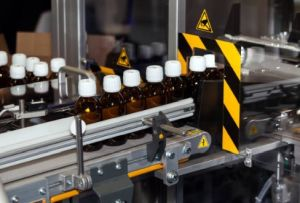 Bottle cartoner loading