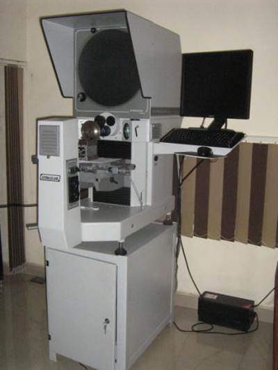 DYNASCAN PH 400E Profile Projector with software for reverse engineering