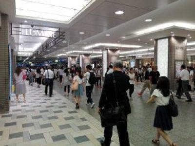 立川駅の様子