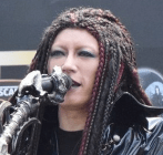 GACKT、自身モデルコーヒー機器の売上を熊本へ寄付 ゲリラライブで発表(オリコン) Yahoo ニュース