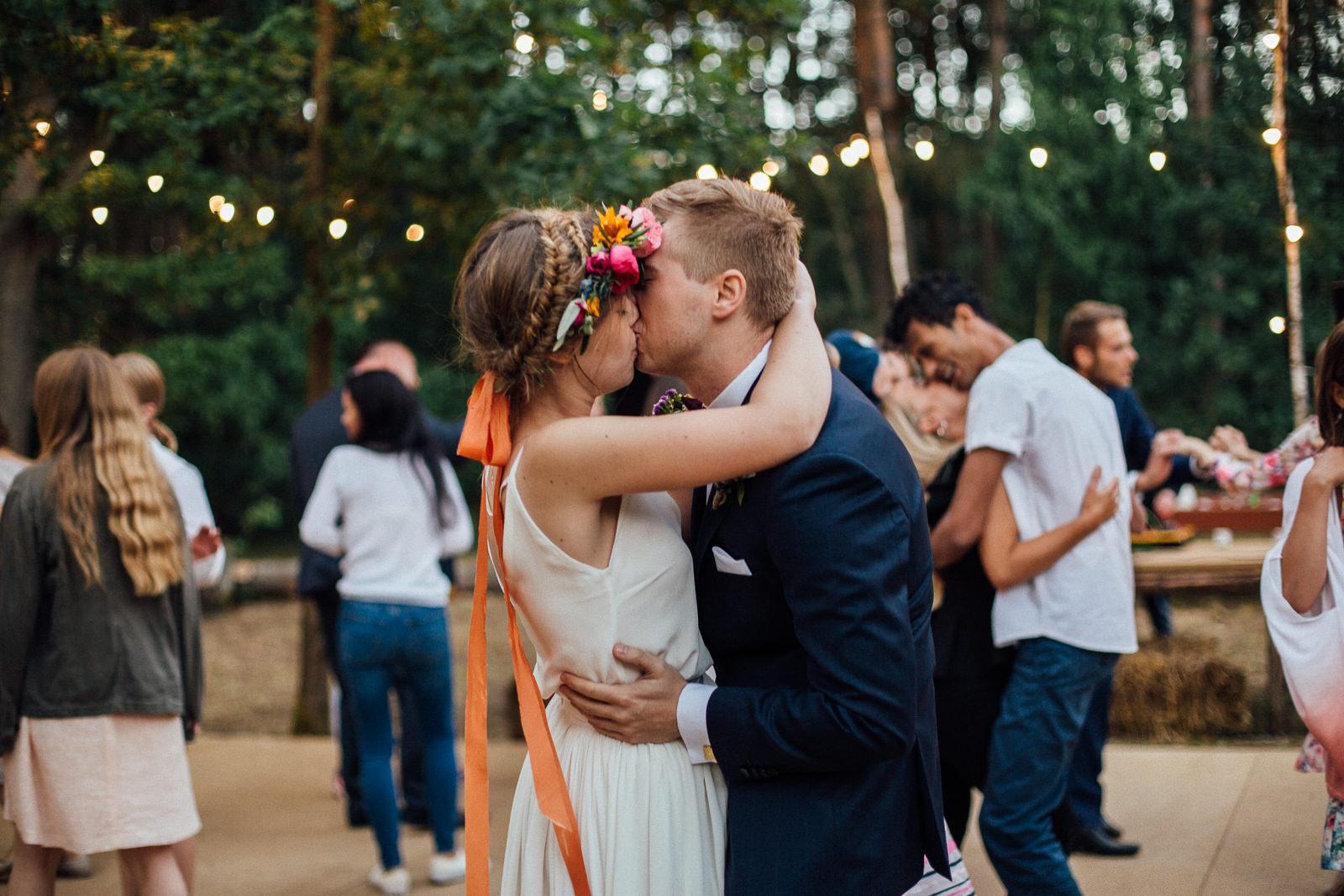 rustykalne-wesele-w-lesie-wielkopolska