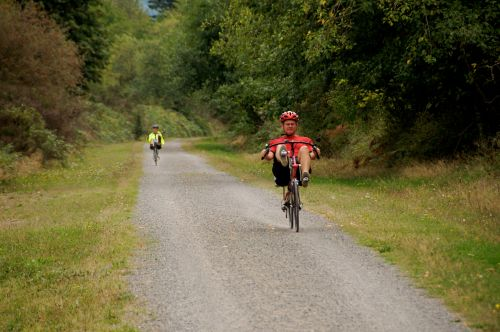 Riding the Snoqualmie Valley Trail