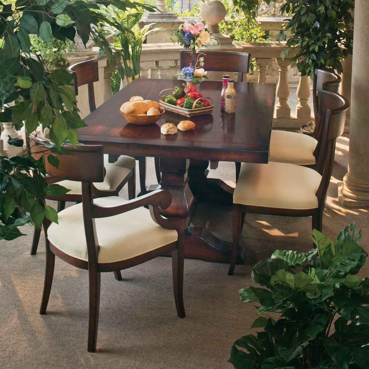 Argonne Dining Set