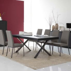 Axel Dining Set