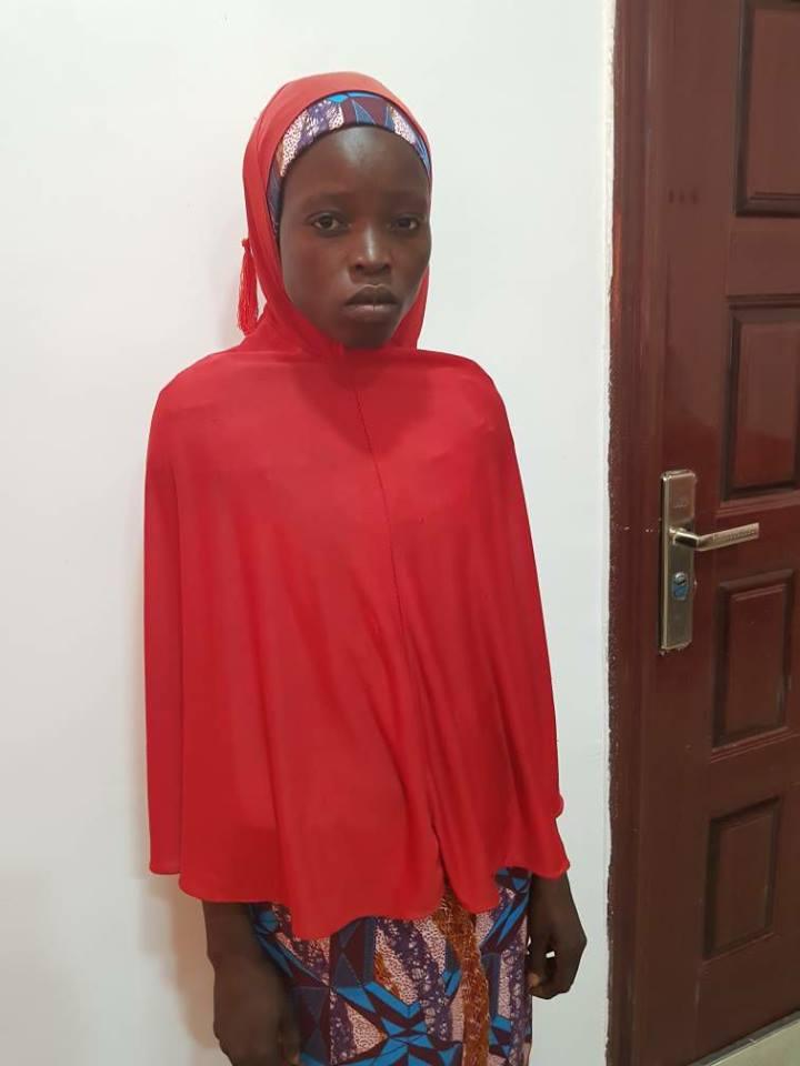 Nigerian Army rescues Chibok Girl