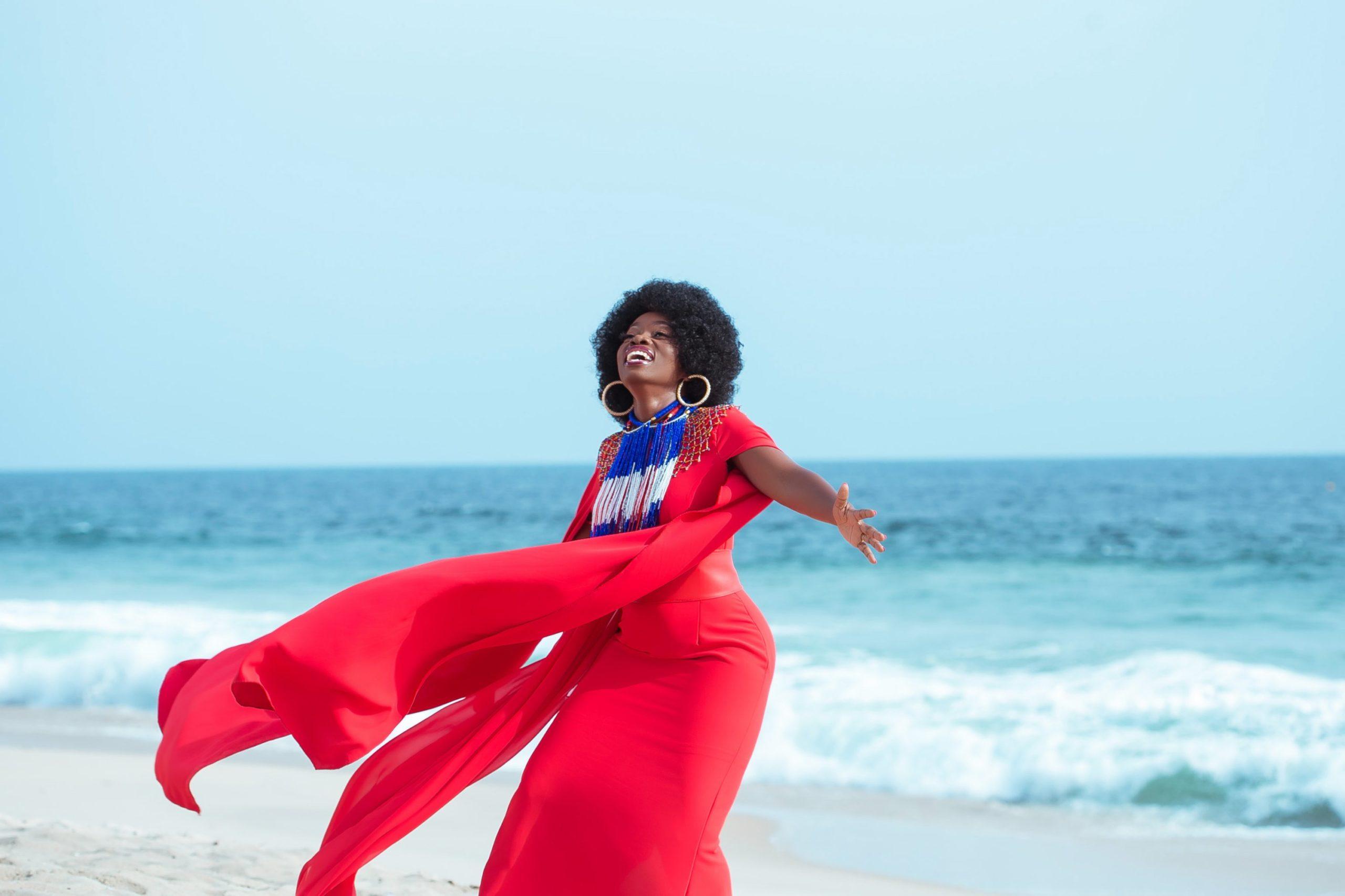 MUSIC Video: Grace Hosea – Sifa (Praise the King)
