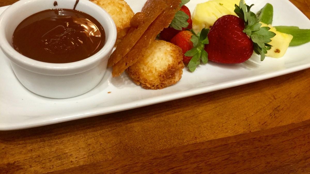 Kona Cafe: Chocolate Fondue