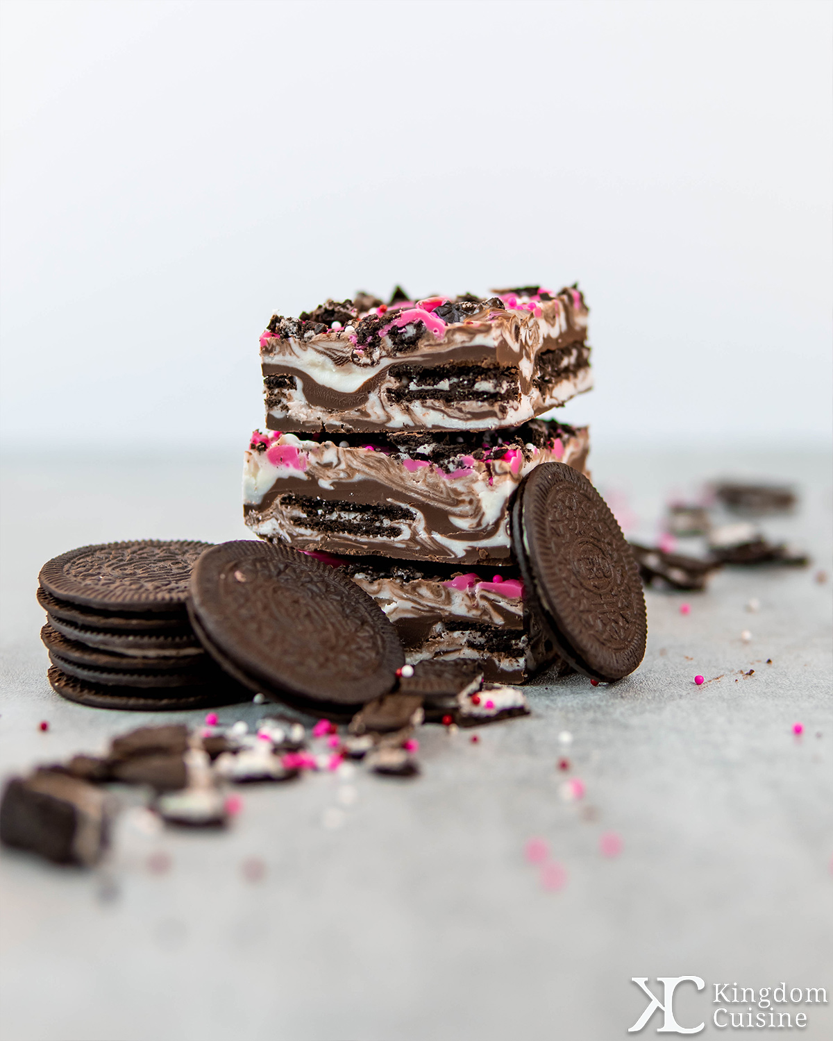 Oreo-stuffed Chocolate Bark