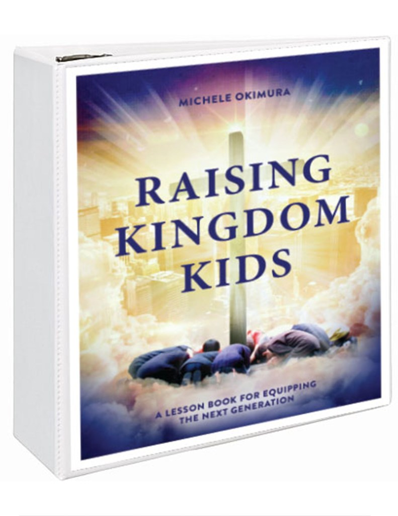 3-Ring Raising Kingdom Kids binder