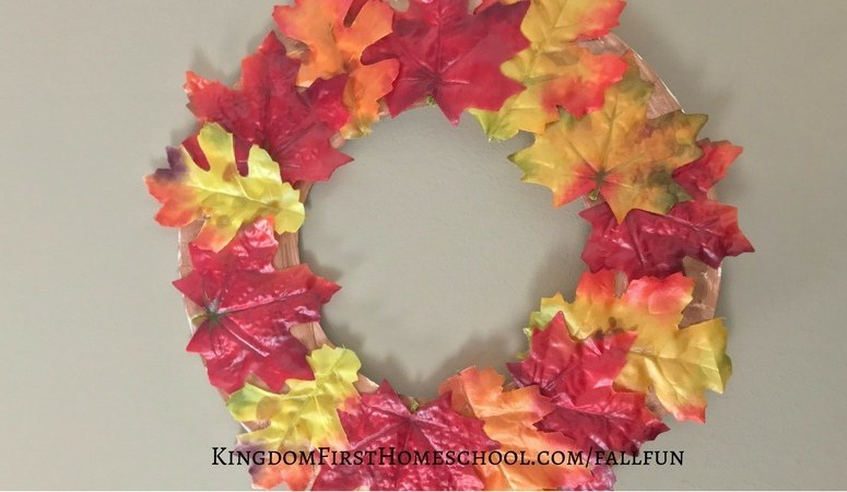 Paper Plate Autumn Wreath Kid's Craft