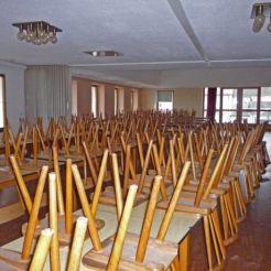Der große Saal - hier wurden früher Hochzeiten und Jubiläen gefeiert