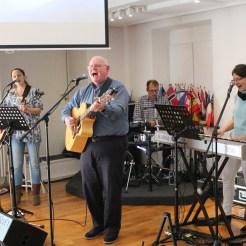 Worship mit Mike und Team