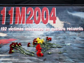 madrid_bombings_2014_mourn
