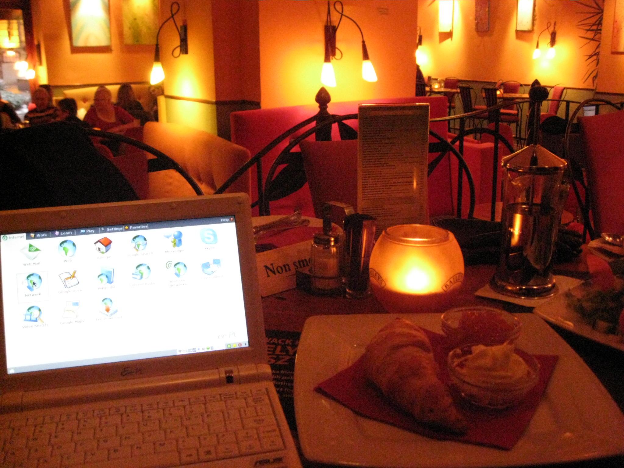 00monday-cafe-time