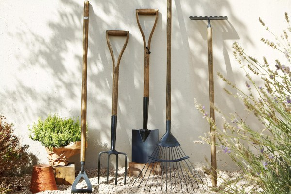 building & landscaping tools