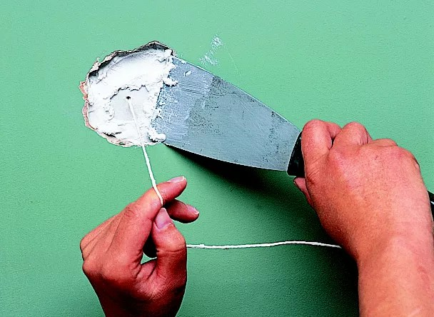 How To Fix Falling Wallpaper How To Repair A House Wall Ideas Amp Advice Diy At B Amp Q