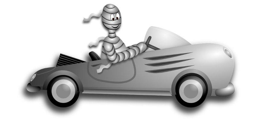 Halloween Mummy Car Race