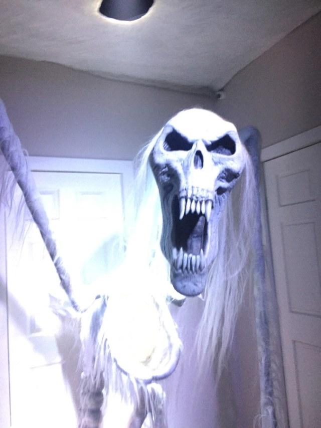Skull Monster in Poltergeist Maze HHN Hollywood 2018