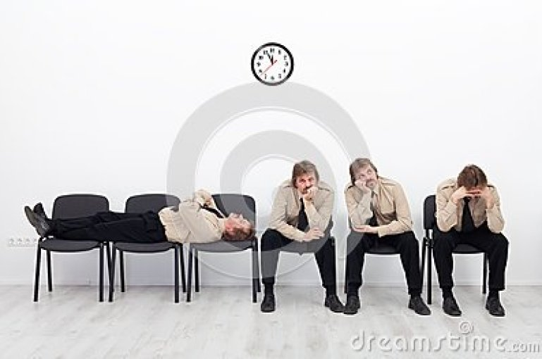 bored-people-waiting-27934571[1]