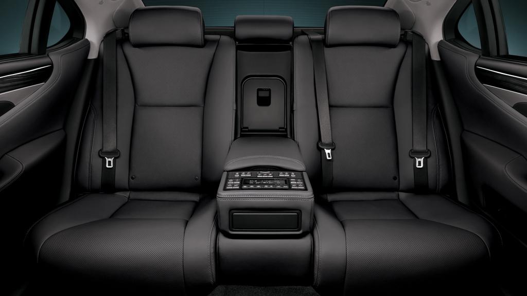 lexus back seats